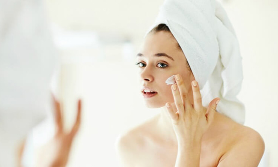 moisturise moisturise moisturise